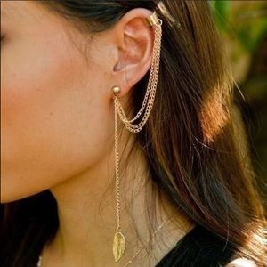 ❣️COMING SOON❣️Gold Cuff Feather Accented Earring